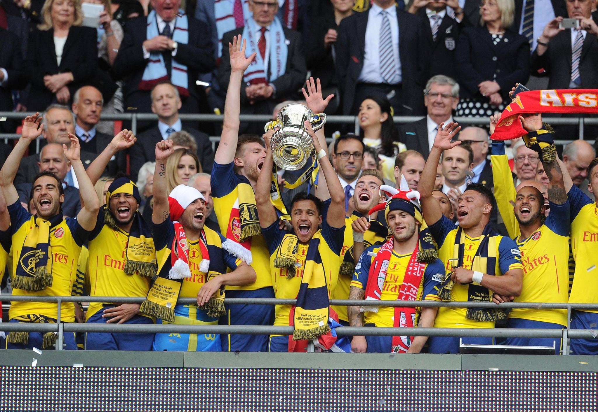 SBO Arsenal Champion FA Cup 2014-2015